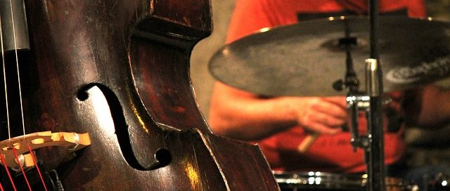 Apéro Jazz dans le cloître